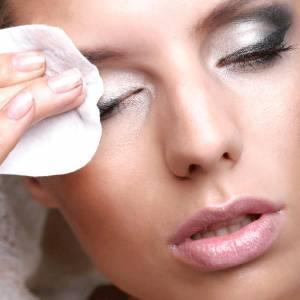 Pielegnacja okolic oczu - Malwa salon kosmetyczny Zgierz