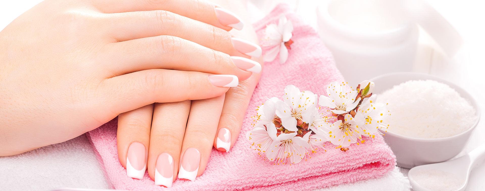 Salon kosmetyczny Zgierz - manicure pedicure hybrydowy